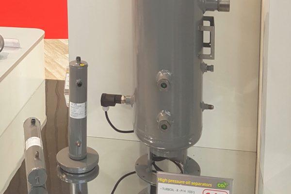 Innovazione CARLY: nuova generazione di separatore olio CO2 140 bar : TURBOIL-R-P 14 – INTEGRITY